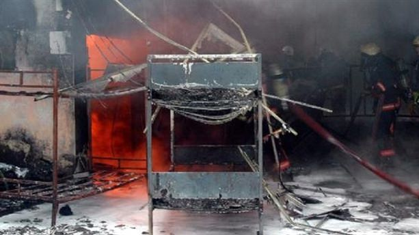 Topkapı Yeraltı Çarşısı'nda yangın