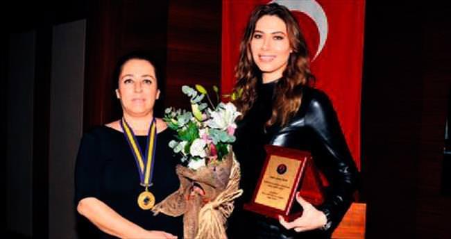 Şenay Akay'dan güzellik sırları