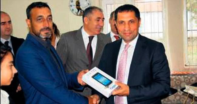 Örnek vatandaşa hediye tablet