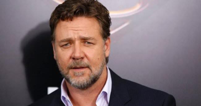 Russell Crowe: Türkiye için üzgünüm