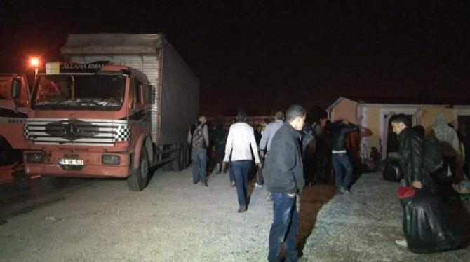 Kamyon Kasasında Yurt Dışına Kaçmak İsteyen 150 Göçmen Yakalandı