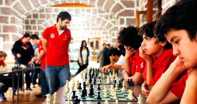 6 kıtanın satranç takımları başkentte