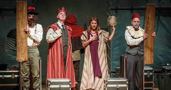 Hamlet'e yeni ve canlı yorum