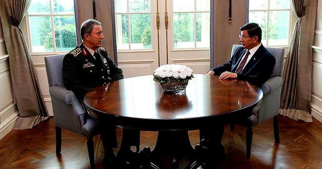 Başbakan Davutoğlu, Genelkurmay Başkanı Akar ile görüştü