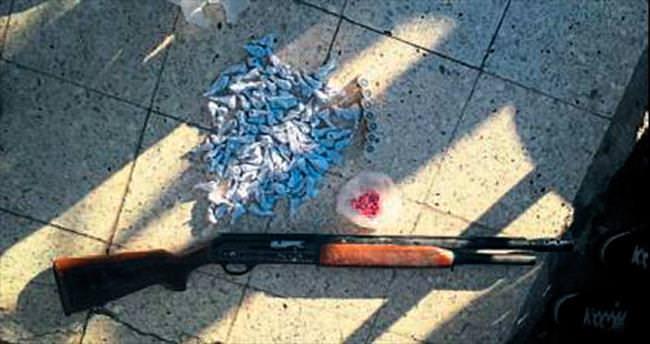 İzmir'de uyuşturucu taciri 6 kişi tutuklandı
