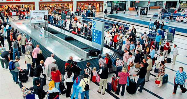 10 milyon turistte 10 günlük gecikme