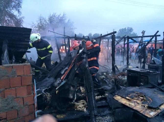 Sakarya'da Baraka Yangını