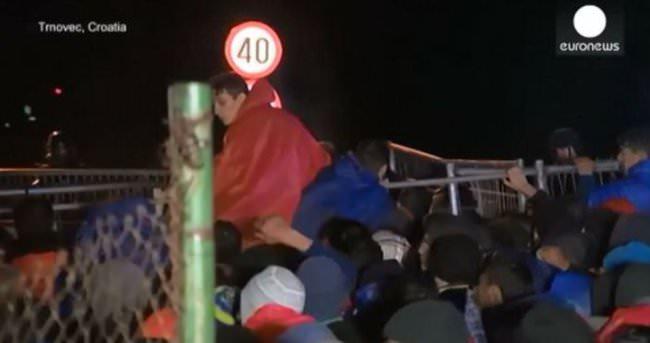Slovenya göçmen akınıyla çaresiz kaldı
