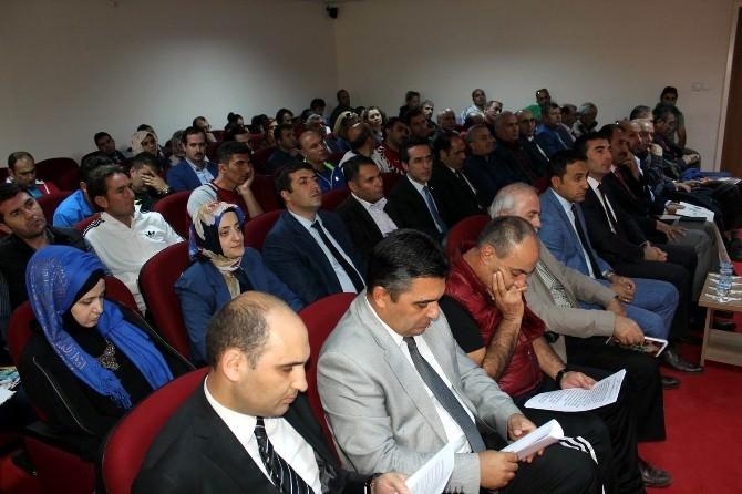 Erzincan'da Gençlik Ve Spor Çalıştayı Tamamlandı