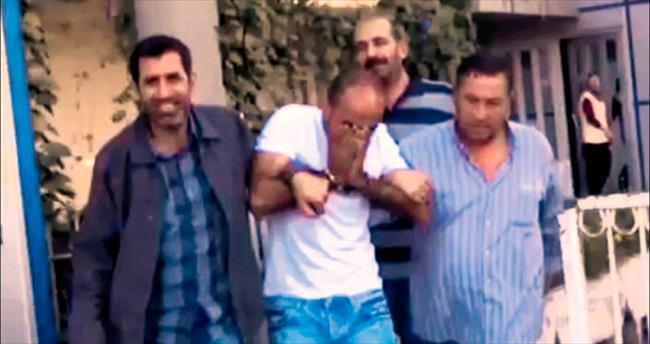 Çakma savcı polisin elinden kurtulamadı