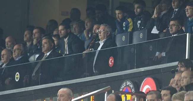 Usta yazarlar Fenerbahçe-Ajax maçını yorumladı