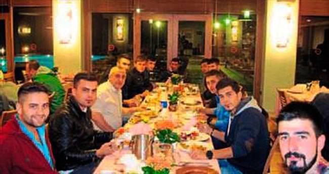 Mehmetçiklere moral yemeği