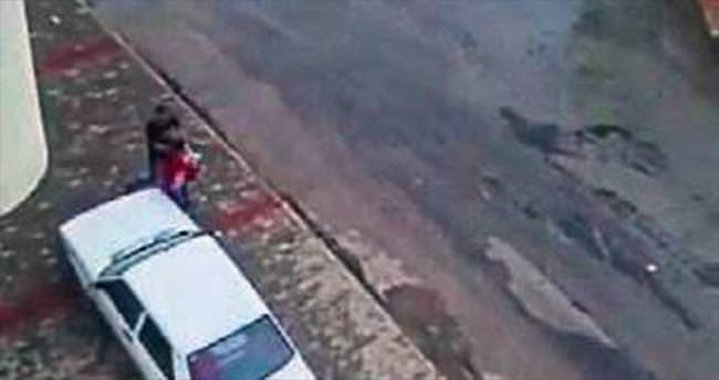 Bebekli kadına sokak ortasında yine şiddet