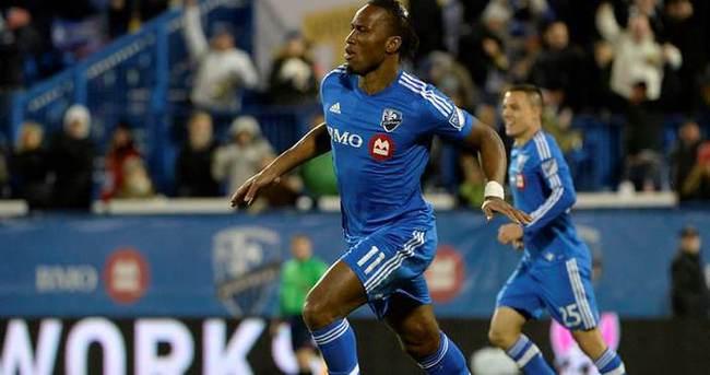 Drogba'dan 2 dakikada 2 topuk golü