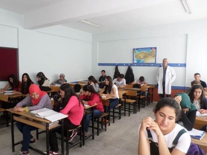 Akşehir'de Yetiştirme Kurslarına Büyük Talep