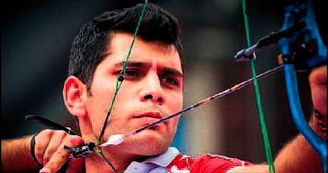 Karşıyakalı Elmaağaçlı Dünya Şampiyonu oldu