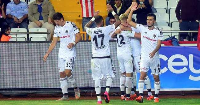 Yazarlar Antalyaspor-Beşiktaş maçını yorumladı