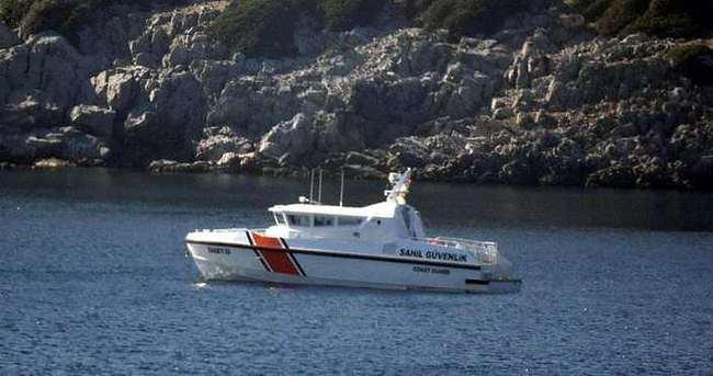İzmir'de sığınmacı botu battı!