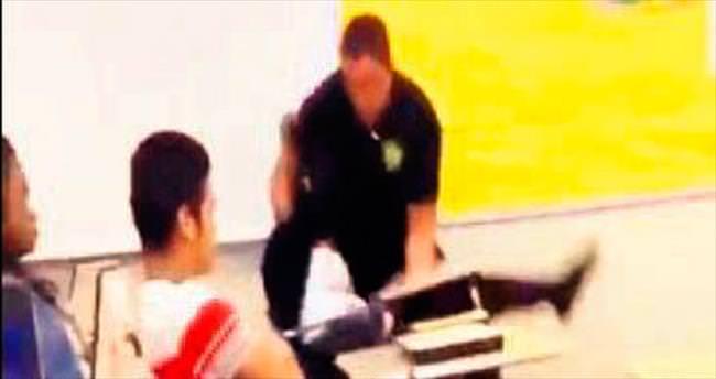 ABD'de polis lise öğrencisini dövdü