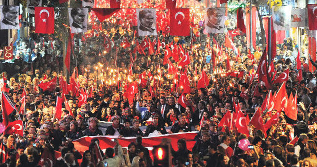 Siyasilerden 29 Ekim Cumhuriyet Bayramı kutlamaları