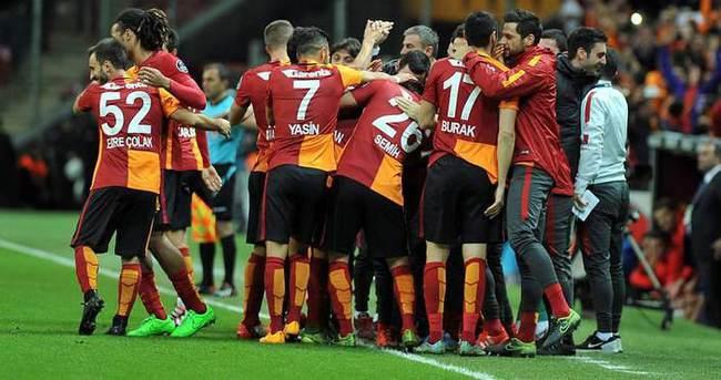 Galatasaray'da dev rotasyon