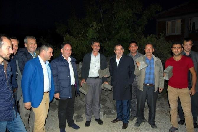 Edremit'te AK Parti'ye Sevgi Seli