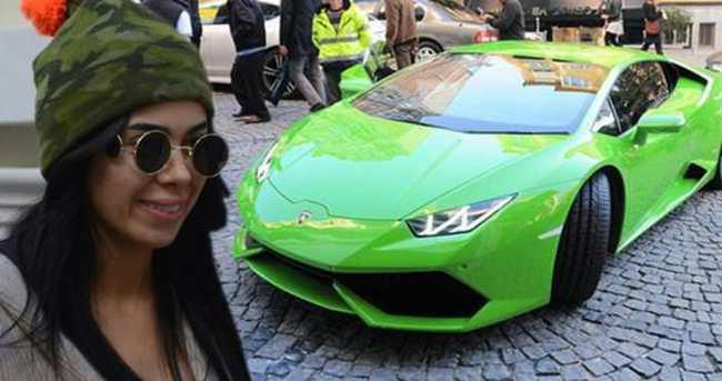 Asena Erkin sonunda Lamborghini'sini elden çıkardı