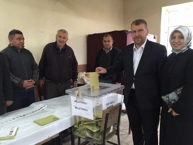 AK Parti Bilecik Milletvekili Halil Eldemir Oyunu Kullandı