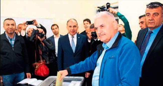 Ege'de demokrasi bayramı yaşandı