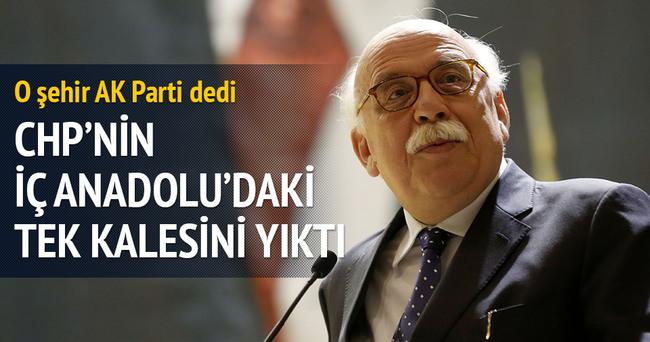 AK Parti CHP'nin kalesi Eskişehir'i aldı