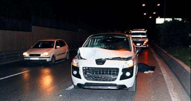 İzmir'de otomobilin çarptığı kadın öldü