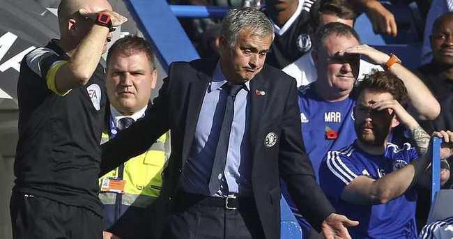 Mourinho'ya 1 maç ceza