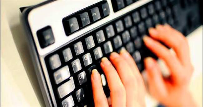 Türkçe'ye yabancılaşmamak için F klavye