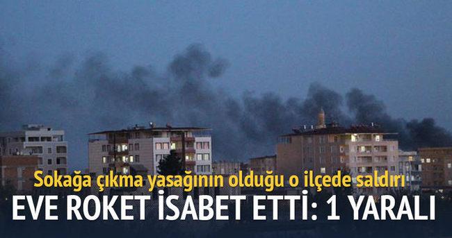 Silvan'da roket isabet eden binada yangın çıktı