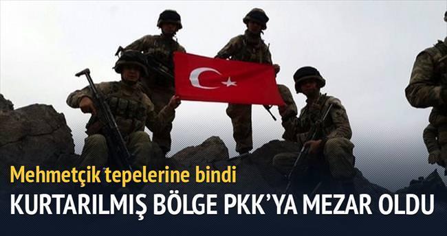 Mehmetçik tepelerine bindi