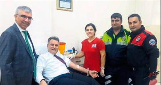 Adana emniyetinden kan bağışı