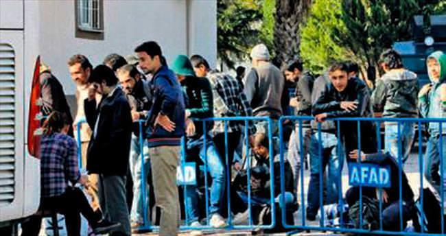 Ülkelerine dönmek isteyen Suriyelilere izin veriliyor