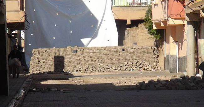 Nusaybin'de PKK hendekleri yaşamı felç etti