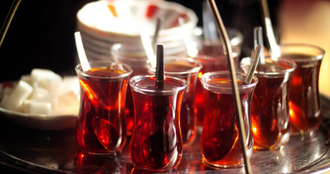 Günde üç bardak çay