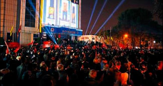 Buca'da 'İzindeyiz Atam' etkinliği