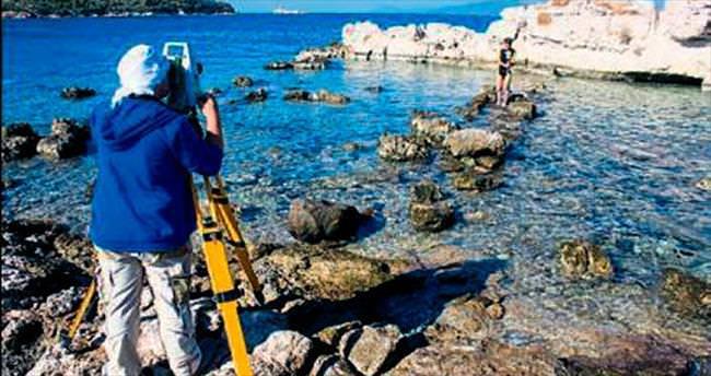 İzmir Dikili'de antik kayıp ada bulundu