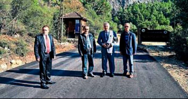 Yazılı Kanyon'un yolu asfaltlanıyor