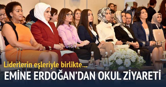 Emine Erdoğan, Antalya'da First Lady'lerle birlikte Özel Eğitim Okulu'nu ziyaret etti