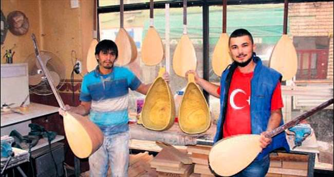 Türkiye saz dut teknesini Samsun'dan satın alıyor