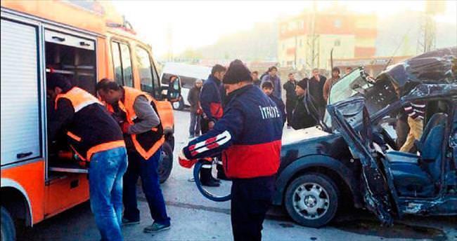 Otobüs şoförü çarpıp kaçtı: 18 ölü