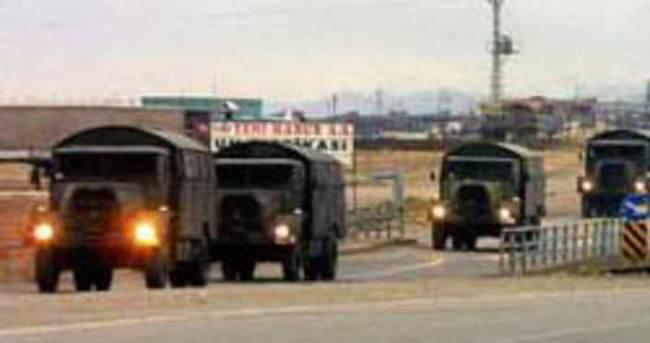 Şırnak'ta askeri araç ile sivil araç çarpıştı