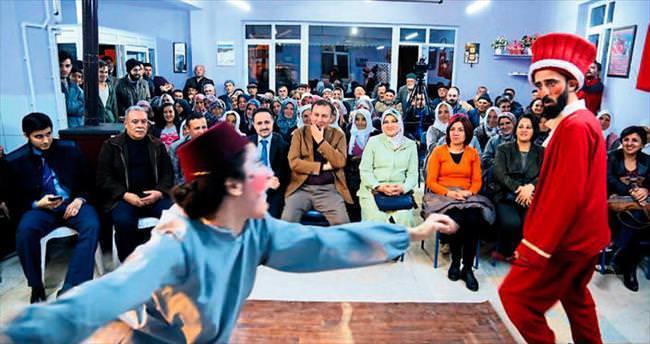 Köylerde tiyatro günleri