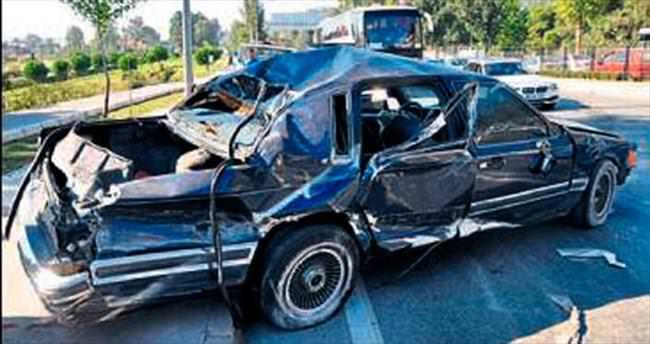 Takla atan araçtan yaralı kurtarıldı