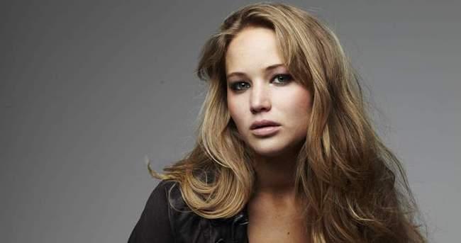 Jennifer Lawrence büyüledi
