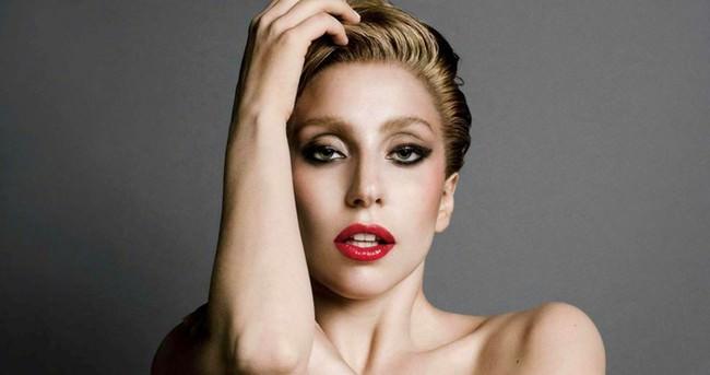 Lady Gaga'dan ilginç hareket!